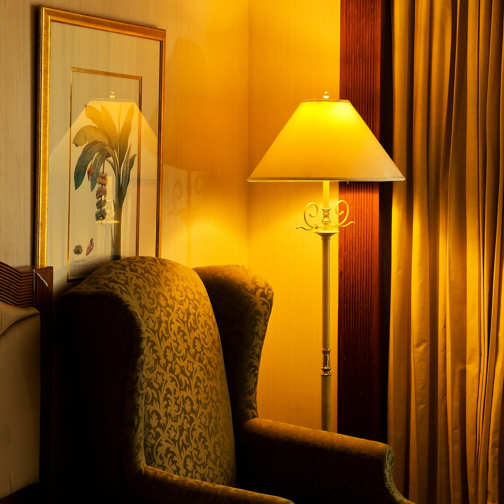 Photo table lamp and sofa