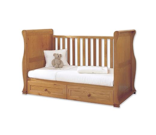 Cots & Nursery Beds