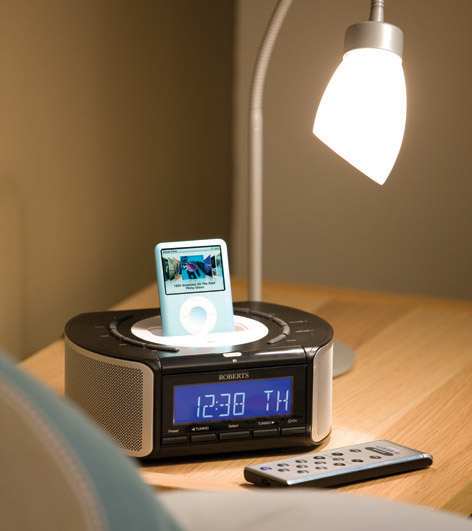 roberts idream crd42 dab fm stereo clock radio with dock. Black Bedroom Furniture Sets. Home Design Ideas