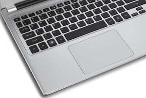 The modern track pad on the Aspire V5 is 30% larger than other track pads in its class
