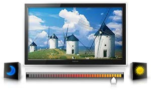 Eco Sensor measures the intensity of the room's light and automatically calibrates the brightness of the image on the screen