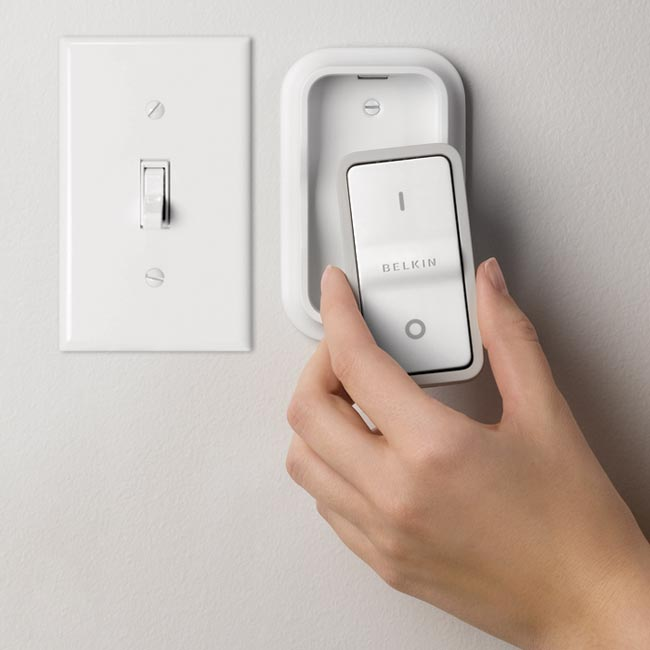 Up to six devices can be controlled by the wall-mount remote switch
