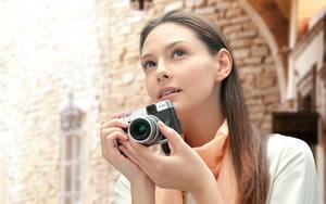 High precision manual barrel zoom lens
