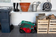 The ALR 900 can be compactly stored thanks to its double folding handles