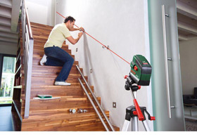 bosch pcl 20 cross line laser level with tripod set. Black Bedroom Furniture Sets. Home Design Ideas
