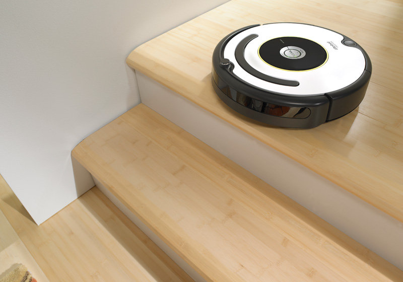 irobot roomba 620 vacuum cleaning robot kitchen home. Black Bedroom Furniture Sets. Home Design Ideas