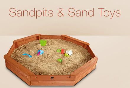 Sandpit & sand toys