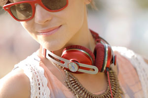 MOMENTUM On-Ear Headphones (Just choose your favourite colour)