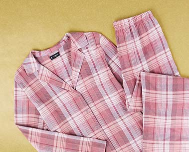 Schöne Schlafanzüge für Damen