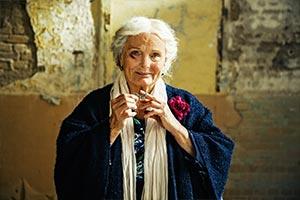 Frau Ella06