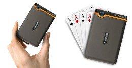 Spielkartengröße - passt in jede Hemdtasche