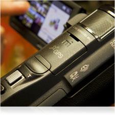 Dank der GPS-Zuordnung Ihrer Videos und Fotos können Sie Ihre Erinnerungen auf der Karte zuordnen.
