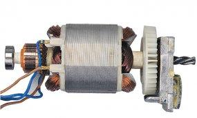 Schlagbohrmaschine mit 650 Watt mit Zusatzhandgriff und Zahnkranzbohrfutter - Funktion