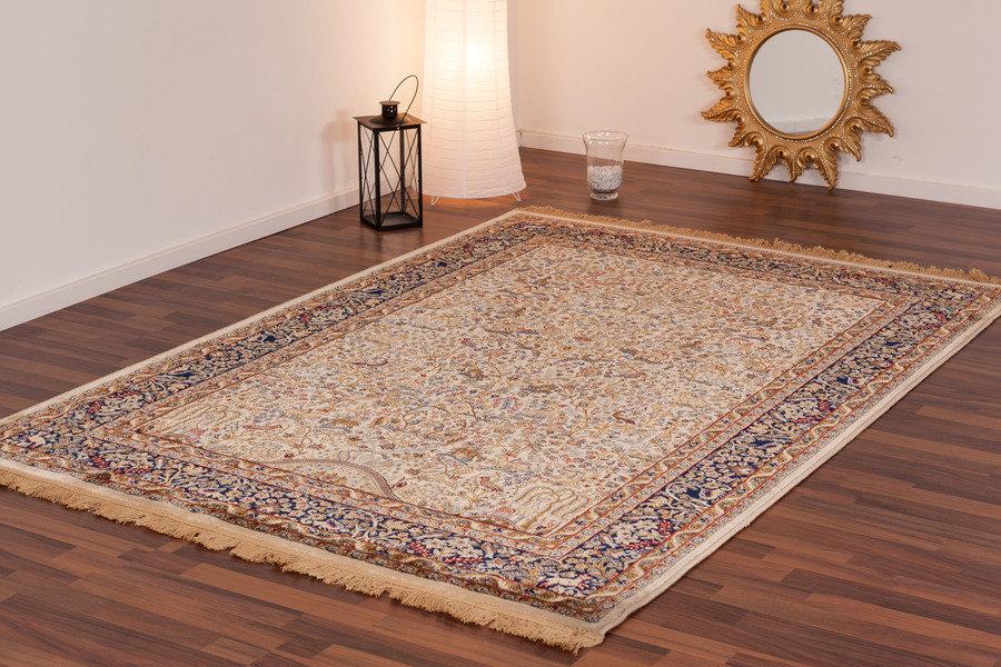lalee 347017782 klassischer teppich mit fransen weich. Black Bedroom Furniture Sets. Home Design Ideas