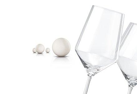 Abbildung glänzende Gläser