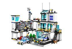 LEGO City 7744 - Polizeistation: Amazon.de: Spielzeug