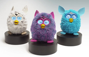 Furby A0003363 - Plüschtier Edition Hot, lila/pink - Weitere Features