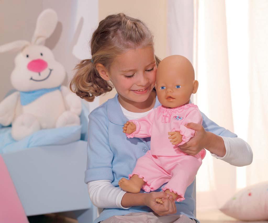 baby born 800003 puppe spielzeug. Black Bedroom Furniture Sets. Home Design Ideas