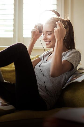 Amazon Music Unlimited. Más de 50 millones de canciones en escucha ilimitada, cientos de playlists y contenido personalizado en tu móvil, tablet, ordenador, webplayer, y más. 9,99€/mes. Tarifa exclusiva para clientes Prime: 99€ al año (2 meses de ahorro)