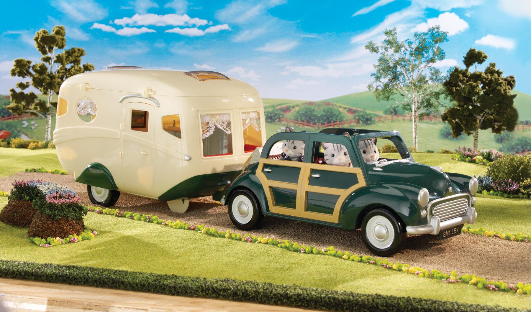 sylvanian families 2240 caravane poup es et accessoires jeux et jouets. Black Bedroom Furniture Sets. Home Design Ideas