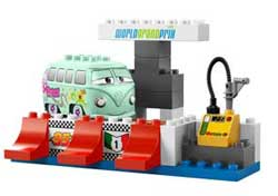 Jouet Lego Duplo 5829  Le Pit Stop pas cher / Prix Clubic