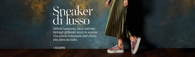 Sneaker di lusso. Velluto lussuoso, lacci satinati, dettagli glitterati: ecco le scarpe che potrai indossare dall'ufficio alla pista da ballo.