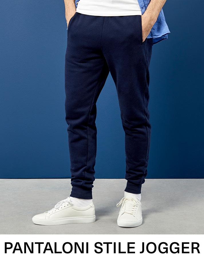 Pantaloni stile jogger