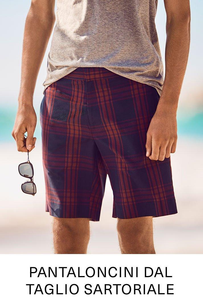 Pantaloncini dal taglio sartoriale