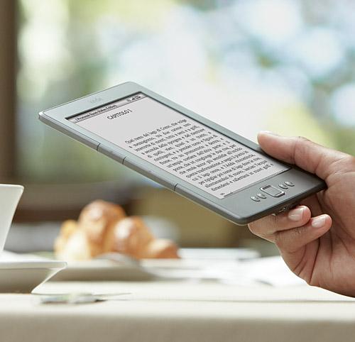 Kindle, piccolo e leggero