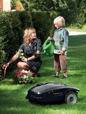 Robomow Tuscania 200, robot cortacésped: Amazon.es: Bricolaje y ...
