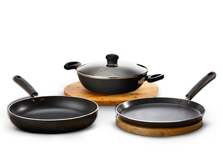 Cookware sets starting at Rs 899