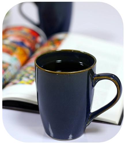 Glassware , drinkware