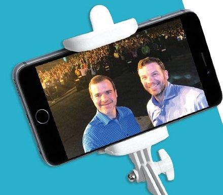 Amazon Stories Selfie