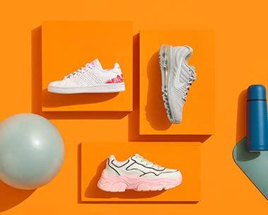 Sezonun modası kadın spor ayakkabılar
