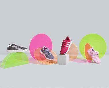 Kız çocuk spor ayakkabılarını keşfedin