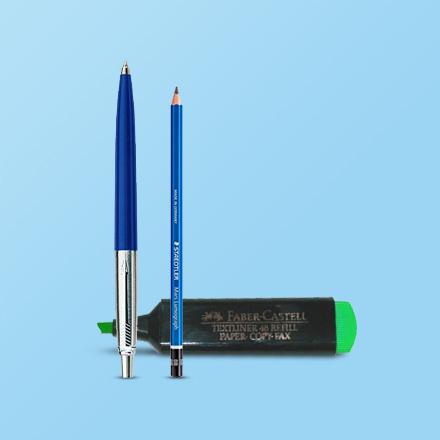 أقلام وأقلام رصاص ولوازم كتابة