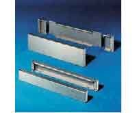 Preisvergleich Produktbild Rittal Sockel-Element vorn / hinten TS 8702.600(VE1Satz) für TS Edelstahl Sockel / Sockelelement (Schaltschrank) 4028177299979