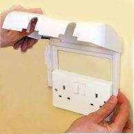 clippasafe-proteccion-enchufe-electrico-doble