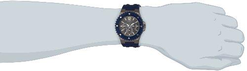 GUESS Men's Quartz Watch OVERDRIVE W11619G2 with Plastic Strap