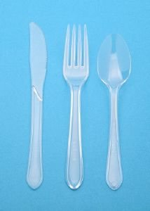 150 Heavy Duty Clear Plastic Cutlery (50 Fork, 50 Knives, and 50 Spoons) Test