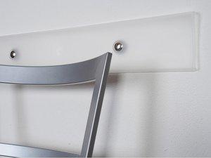 Farbloser Stuhl - Wandschutz, 60 cm