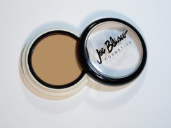 concealer-dermaceal-red-away-from-joe-blasco-concealer-dermaceal-red-away-by-joe-blasco
