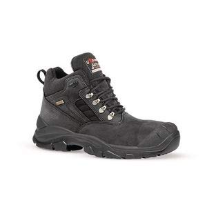 Calzature di sicurezza per i servizi aeroportuali - Safety Shoes Today
