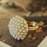 Boolavard ® TM Vintage Gold gefüllte Pilzform Perlenring - Weiß