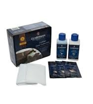 oak-furniture-house-guardsman-leather-care-kit