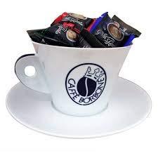 Kaffeetasse + Unterteller aus Porzellan mit