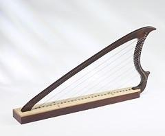 EMS-Harpe-Gothique-19-Cordes-Palissandre