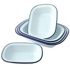 Falcon Enamel Bakeware Set of 6 Oblong Pie Dishes - 2 x 18cm, 2 x 20cm, 2 x 24cm,