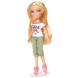 TZ Just Hangin' Out Outfit & Pink High Heel Sneakers with Paper Doll -Doll Not Included by Bratz ()