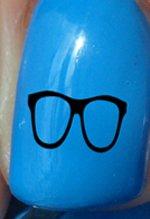 Geeky Brille - Nagelabziehbild von YRNails